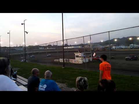 Matt Murphy #8 steel block late model at Peoria speedway 6-16-18