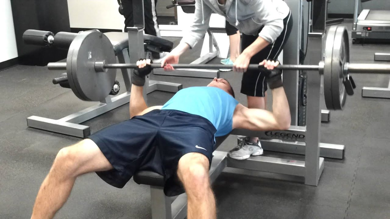 trying to find my max bench press 225 lbs 2 reps youtube