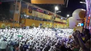 Afoxé Filhos de Gandhy entrando no corredor da Folia, Salvador, Carnaval 2012