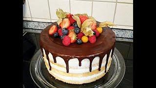 Dripcake/Naked Cake/Jive Torte/Mascarponecreme/Waldbeerfruchtfüllung