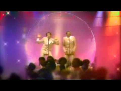 McFadden & Whitehead - Aint No Stoppin Us Now (Extend) (1979).AVI