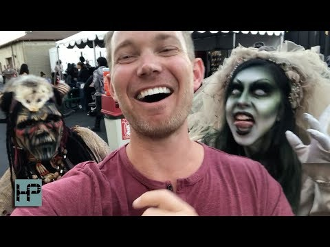 EXCLUSIVE: Behind The Scenes at Knott's Scary Farm