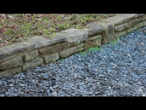 How to Lay Out Gravel Landscaping : Landscaping Basics