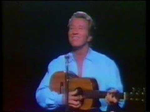 Marty Robbins Sings 'Wedding Bells.'