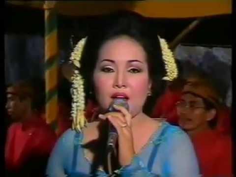 Menuk Sitawati Campursari Langgam Wuyung