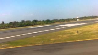 Lion Air Landing at Achmad Yani Airport (Semarang)