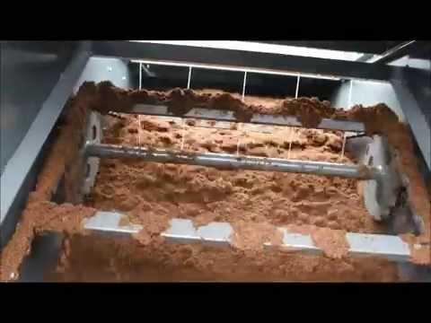 soil potting machine