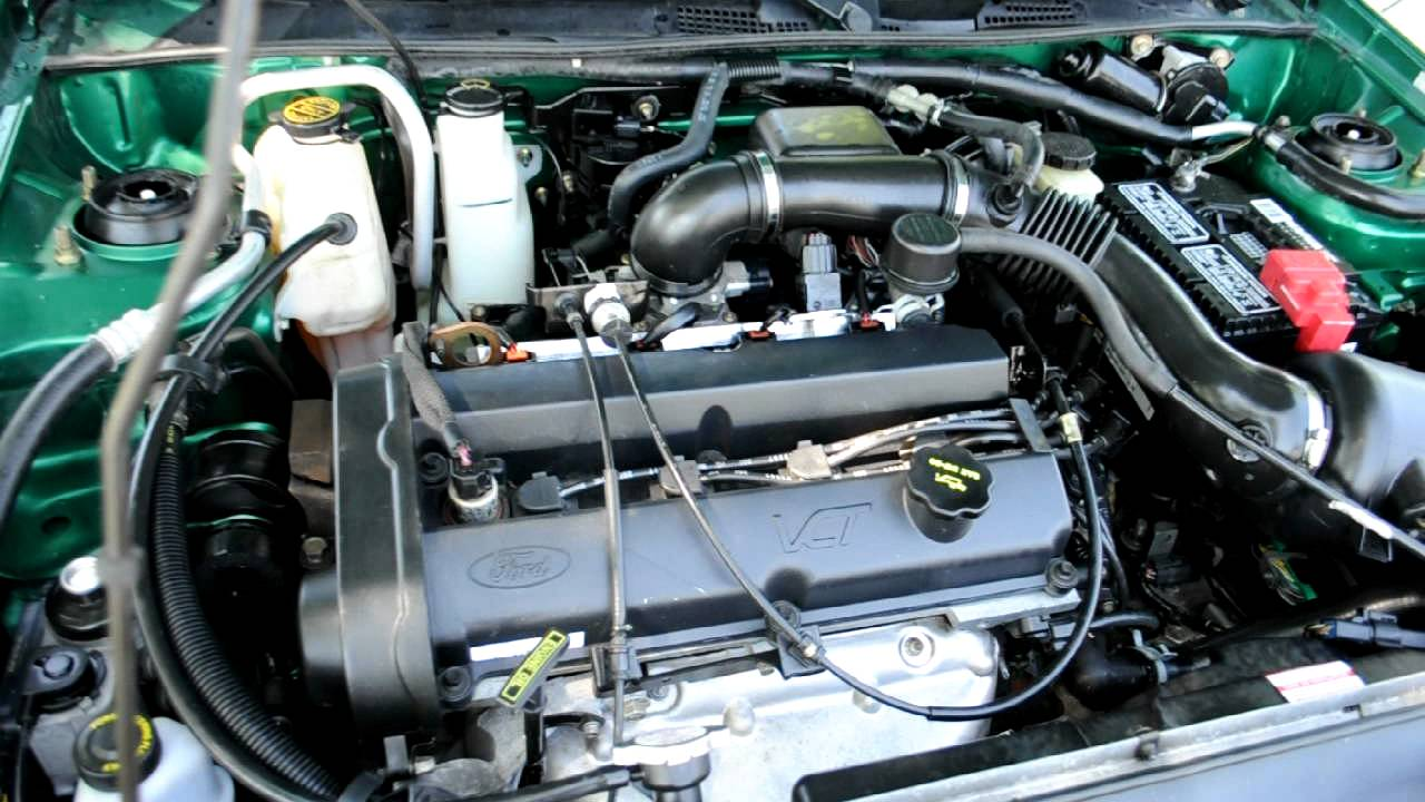2002 ford escort zx2 engine running