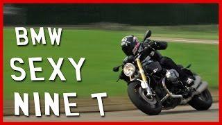 Essai BMW NINE T : la moto qui rend sexy (English subtitles)