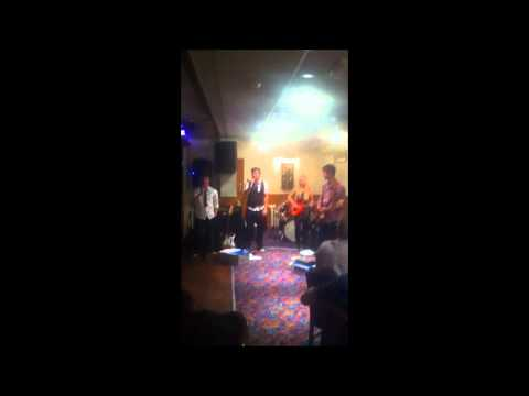 Chasing Cars cover by The Pick-ups @ The Collington Club Party