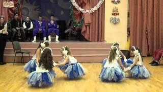 Танец на Новый год. Шапки-ушанки. 28.12.2015