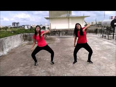 Kala Chashma Dance Performance By Twinkle Baar...