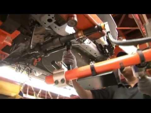 Teknologi Canggih : Industri Proses Pabrik Pembuatan Mobil Mewah