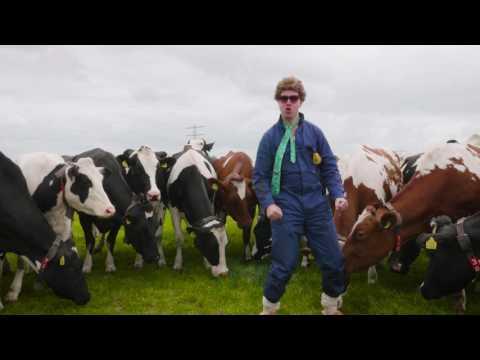 Boer uut Drenthe van Boer Brutus - Officiële videoclip