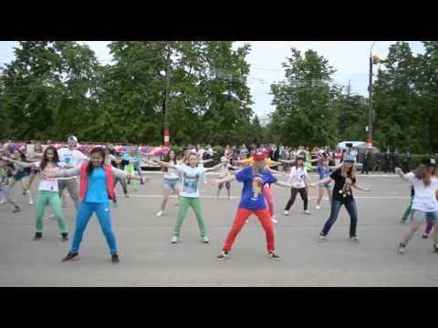 День города-флешмоб город курск 2013 год Воробьвы горы