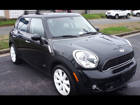 2011 Mini Cooper S Countryman Walkaround, Start up, Tour and Overview