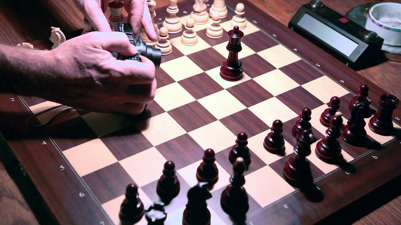how to set up chess board correctly