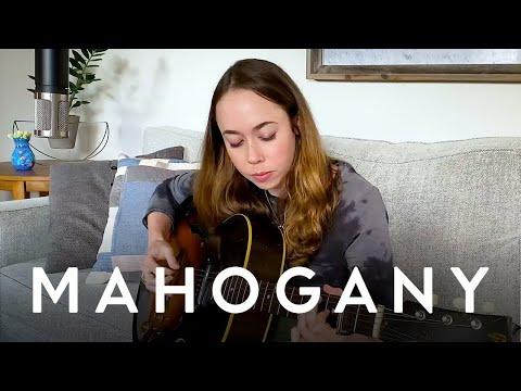 Sarah Jarosz - Johnny  Mahogany Session Home Edition