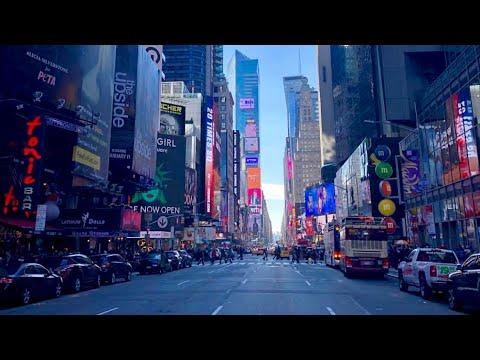 NEW YORK CITY 2018: MERRY CHRISTMAS! [4K]