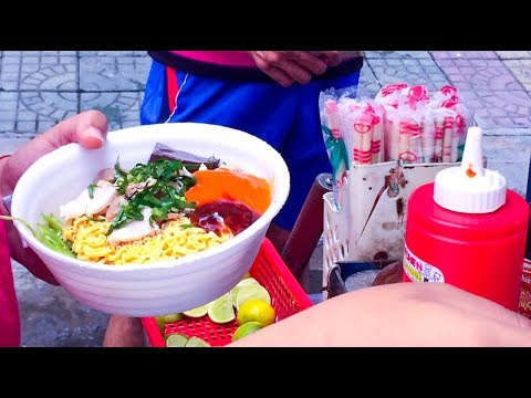 Asian Street Food - Fast Food Street in Asia, Cambodian food #32, Pork Porridge, Noodles
