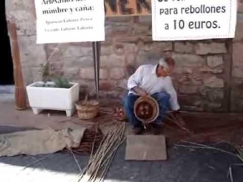 Artesanos del mimbre y ca a 1 parte youtube - Como forrar cestas de mimbre ...