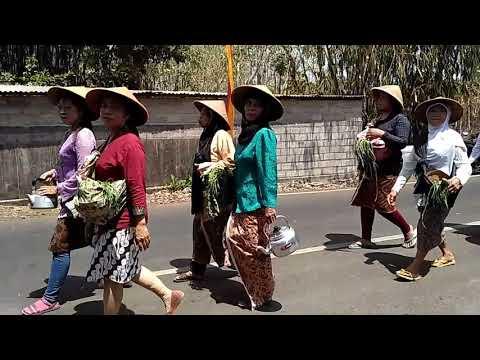 260818 Kirab acara Rasulan Merti Dusun Grogol part 2 of 6
