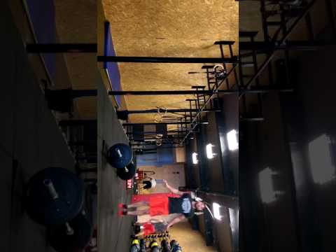 Wod 2 Normandie throwdown old gym cf/cf Agen