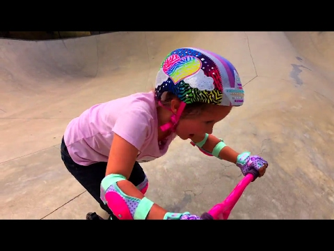 Thumbnail: Learn English Colors! Rainbow Helmet at Scooter Park with Sign Post Kids!