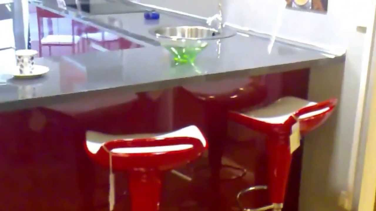 Exposici n en muebles de cocina youtube for Exposicion de muebles de cocina