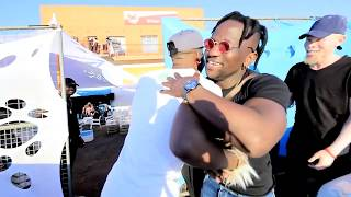 Targets crew ft dj micks and tornado title : makhelwane the video was shoot edit by hy productions directed rigobert feutzing published y-express n...