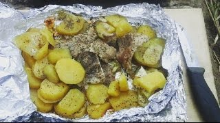 Свинина с чесноком и картофелем запеченная в фольге. Готовим на природе.