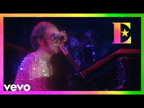 Elton John - Lucy In The Sky With Diamonds (Old Grey Whistle Test 1974)