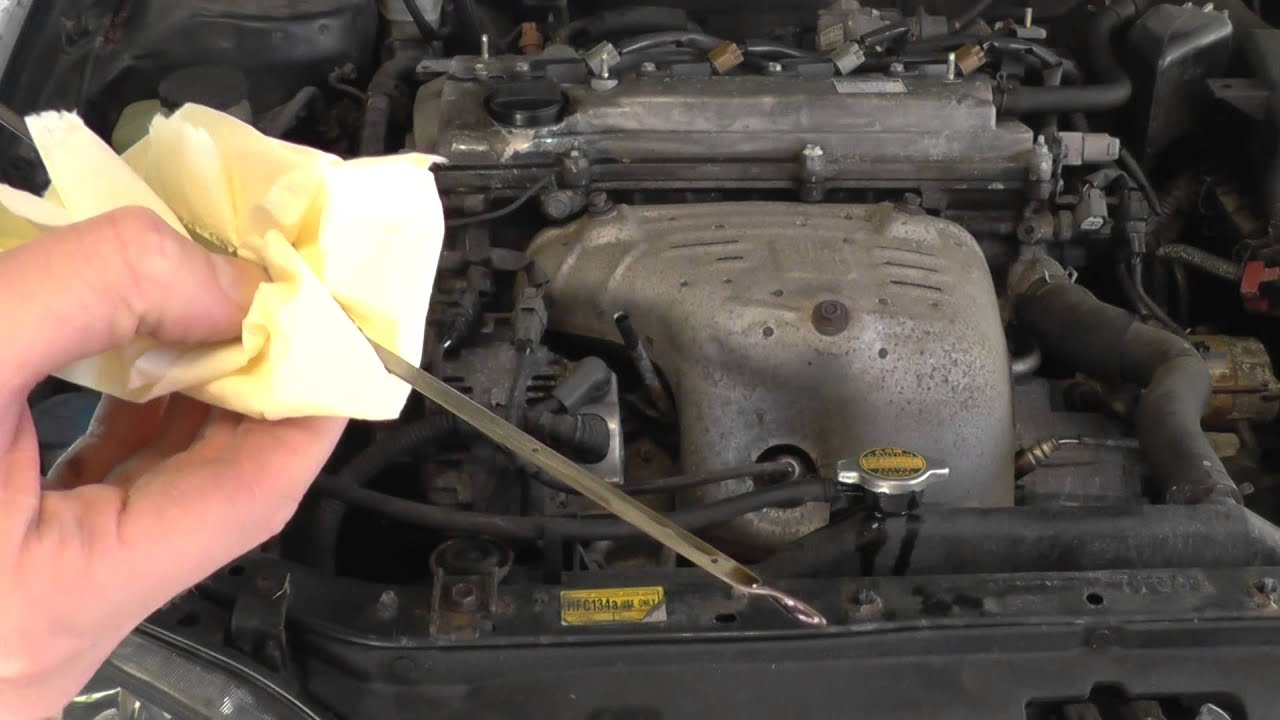Toyota Avensis Engine Oil Level Check Guide