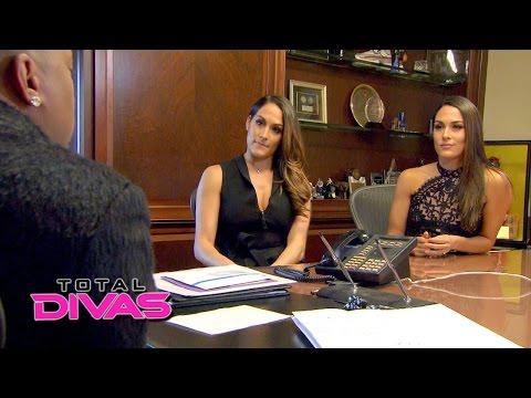 The Bella Twins talk business with entrepreneur Daymond John: Total Divas, March 29, 2016
