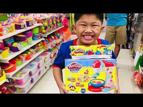 Shopping @ Toy R Us (Philippines -Tagalog)   Pamilyang Quintana