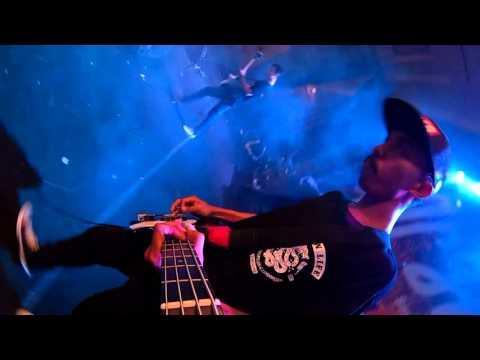 VITAMIN C - Intro + Bergandeng Tangan (SHOWCASE EVENT 2015 Solo )