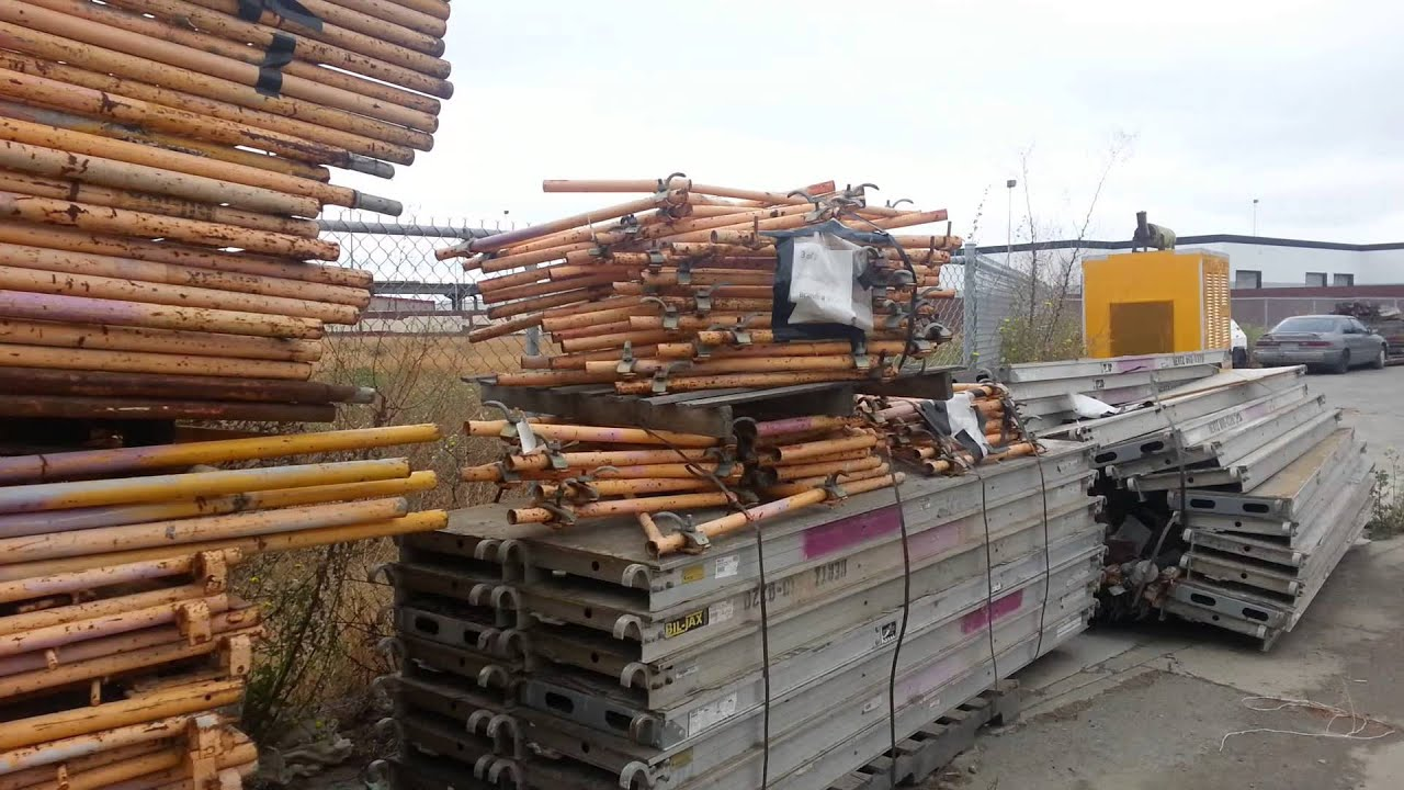 Heavy Duty Scaffolding : Fairly used commercial industrial heavy duty scaffolding