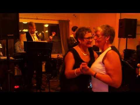 Papillon ja Anu Tammela, valvotaan yö videó letöltés