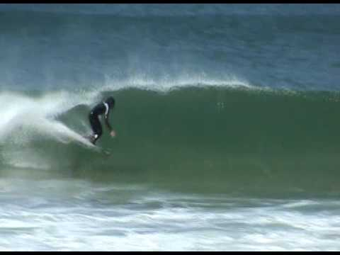Craig Anderson surfing in Newcastle