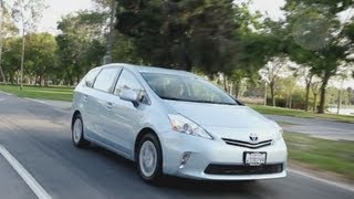 2012 Toyota Prius V Video Review - Kelley Blue Book