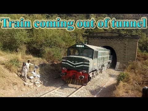 Pakistan Railways || Amazing Sights Ever || Jaffer Express Emerging out of the Tunnel || Rawalpindi