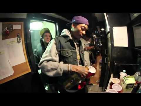 Video Wiz Khalifa DayToday Episode 6 Waken Baken Wiz Wildin Out! Clownin With A Fake Hand, Smoking Mad Trees, Rockin A Ski Mask Doing A Goon Impersonation + More