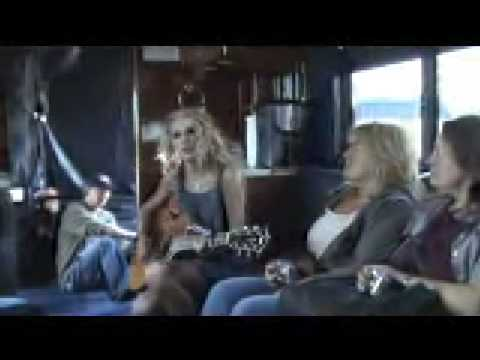 on the tour bus with taylor swift and jack ingram - YouTube