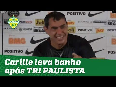 Que FESTA! Carille leva banho após TRI PAULISTA do Corinthians!