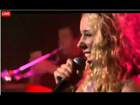 Haley Reinhart Performs 'Oh My' at the iHeartRadio Concert - 8/29/12