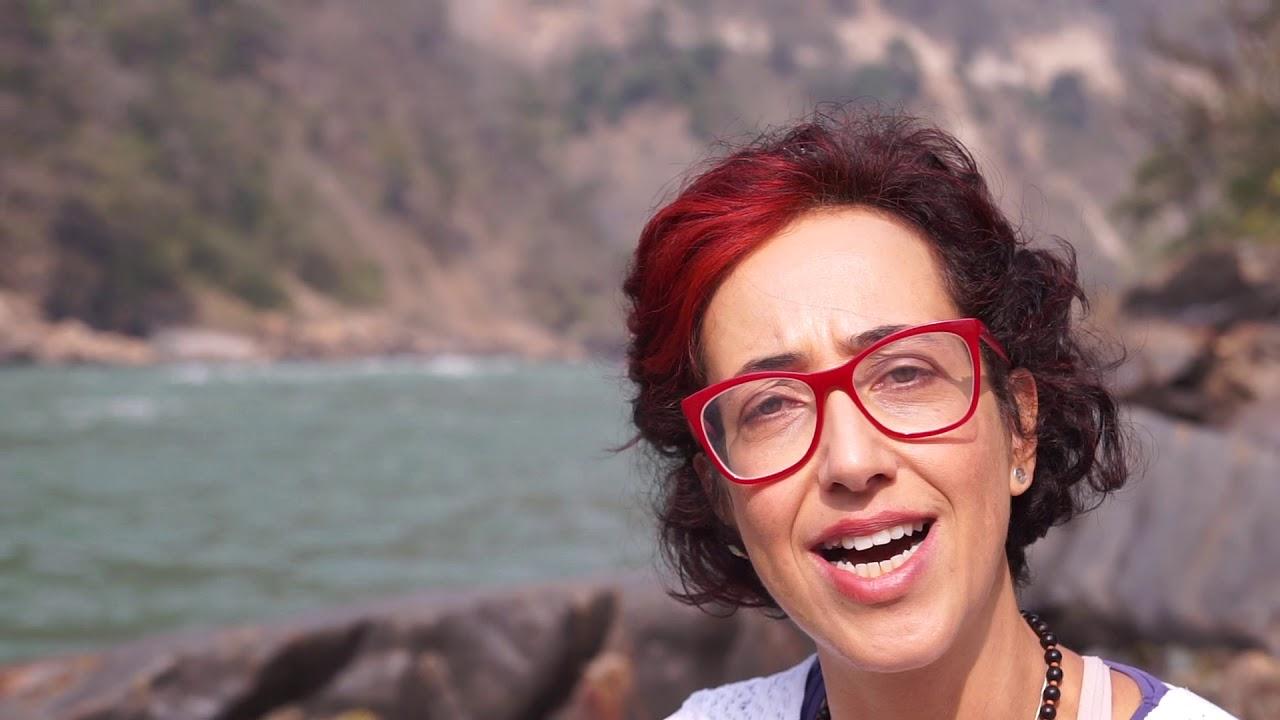 Yoga direto da Índia: reflexões na beira do Ganges