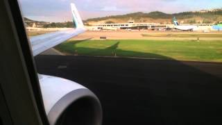 Westjet 132-Taxi & Takeoff from Kelowna Airport at Dawn