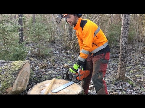 Awesome Chainsaw Trick