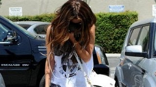 Selena Gomez Worst Moments - Crying, Paparazzi Tension & More
