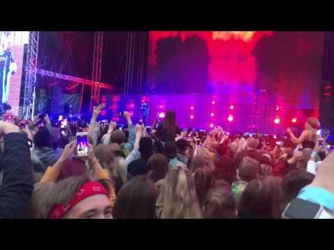 The Weeknd - Low Life (LIVE) [Blockfest, Helsinki, Finland 2017]